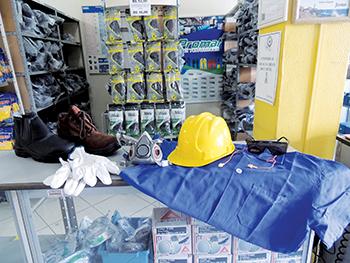 A importância do uso de EPIs no ambiente de trabalho   Associação ... 0a125da8e0